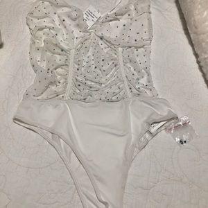 White medium body suit